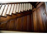Лестница Традиция Класик 060 п-образная закрытого типа (обшивка пространства под лестницей).