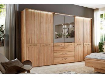Шафа Ніколь 6 дверна з шухлядами натурального кольору, матеріал зрощений/цільний бук, дзеркало (загальний вигляд в інтер'єрі)