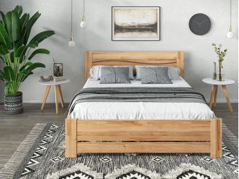 Купить Спальню Венеция Еко натурального цвета, материал - сращенный/цельный бук (в интерьере общий вид)