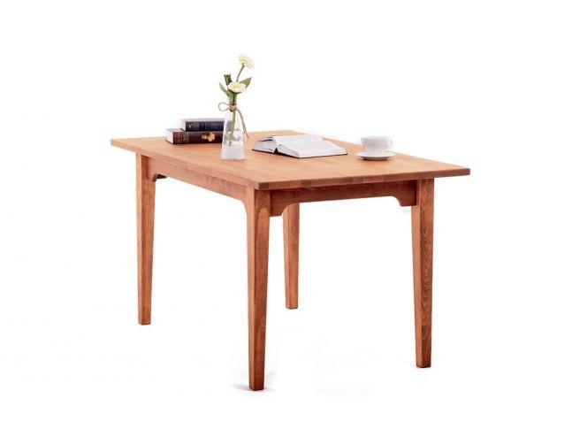 Стол Оливер светло-коричневого цвета, материал - срощенный бук (общий вид).