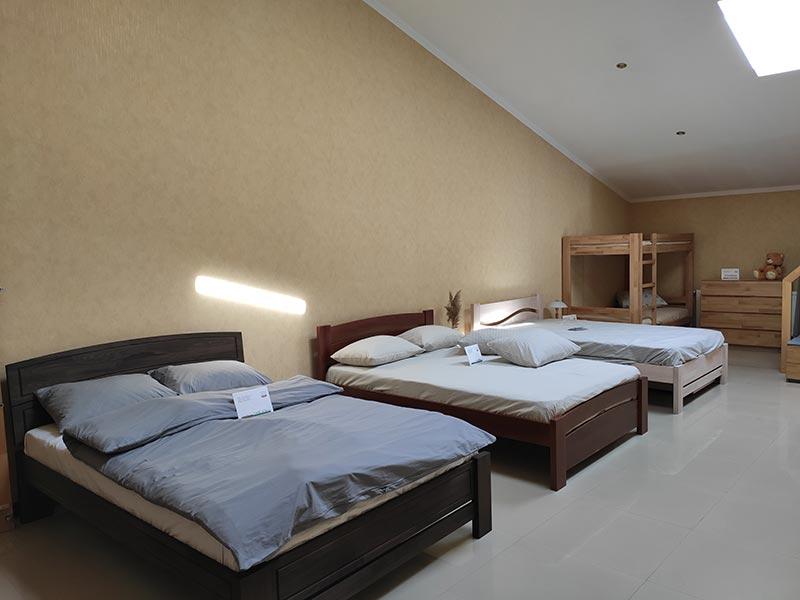Деревянные кровати, Закарпатье