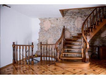 Лестница Традиция Класик 020 общий вид